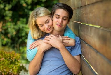 Signs Your Soulmate Is Thinking Of You